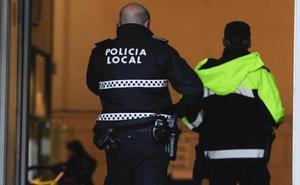 Arrestado en Torre del Mar por agredir a su pareja tras negarse a dormir juntos
