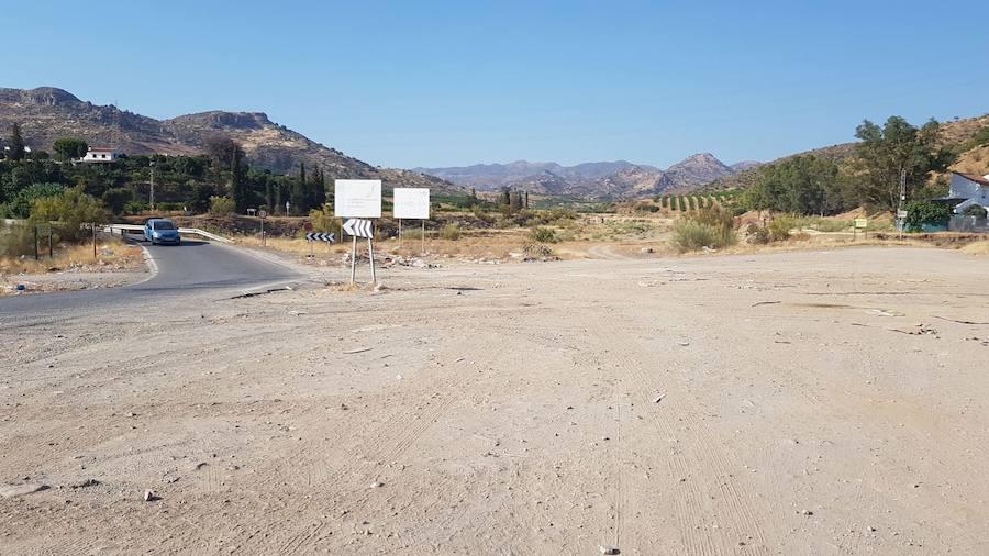 El Ayuntamiento de Málaga reacciona a las críticas y erradica en un día los dos principales vertederos ilegales