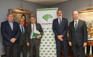 Unicaja renueva el convenio con el sector turístico malagueño