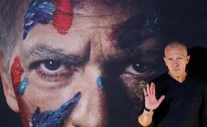 El Picasso de Banderas pinta en los Emmy