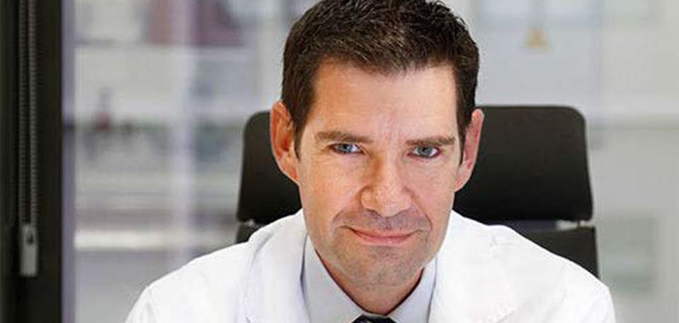 Pedro Rosón: «El dolor que provoca el anisakis en los casos más graves es parecido al de la apendicitis»