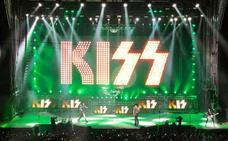 KISS: La agonía del beso eterno