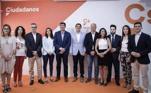 Albert Rivera e Inés Arrimadas «se volcarán» en las andaluzas para «ganar a Susana Díaz»