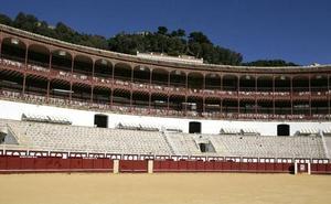 La Malagueta crea el abono junior para fomentar ir a los toros en familia
