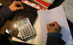 Estafan a 60 internautas con falsas ofertas de préstamos usurpando el nombre de un notario de Fuengirola