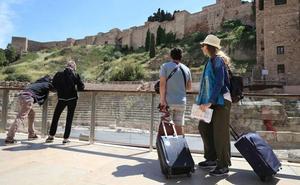 Málaga es la provincia andaluza que más población extranjera atrae