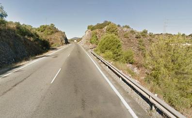 Cuatro heridos en una colisión entre dos turismos en Monda
