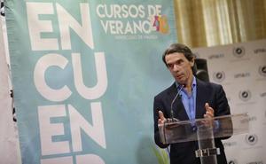 Aznar evita apoyar a Casado o Sáenz de Santamaría para liderar el PP y dice que no hará como Zapatero