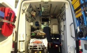 Cuatro menores heridos, uno grave, tras chocar su vehículo contra un árbol en Granada