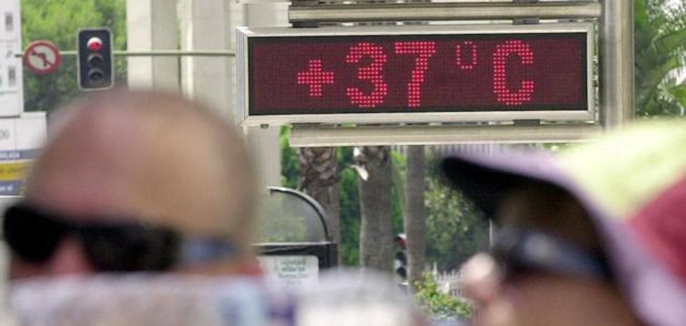 Málaga marca el récord de temperaturas máximas en España por el terral