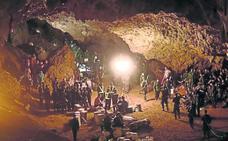 El agobiante rescate tailandés, en televisión