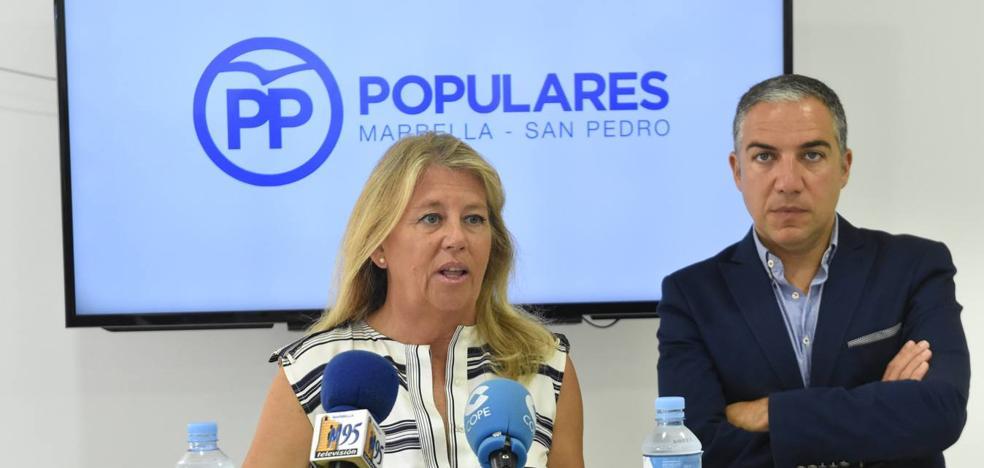 Sáenz de Santamaría anuncia que contará con Bendodo y Ángeles Muñoz en su equipo si gana