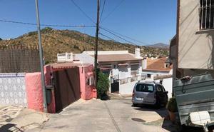 Persiguen a un empresario hasta su casa en Puerto de la Torre y le roban 12.000 euros