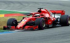 Vettel consigue la 'pole' y Alonso cae en la Q2
