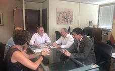 Casares y Estepona piden a Diputación que asuma el camino de Los Pedregales
