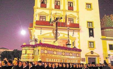 La Expiración propone ampliar el recorrido oficial actual hasta la plaza del Obispo
