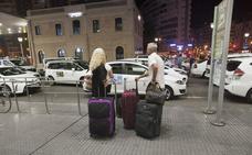 Los taxistas malagueños deciden hoy si se suman a la huelga contra las VTC