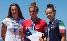 La malagueña María Claro, oro en la Copa Comen de aguas abiertas