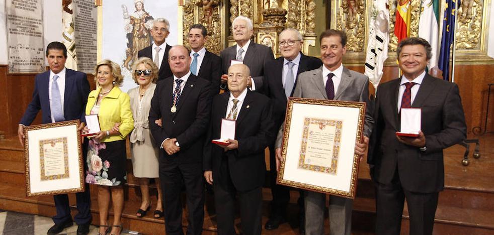 La Universidad de Málaga y el guardia civil Diego Díaz, entre los galardonados en el Día de Antequera