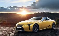 Lexus LC 500h Yellow Edition