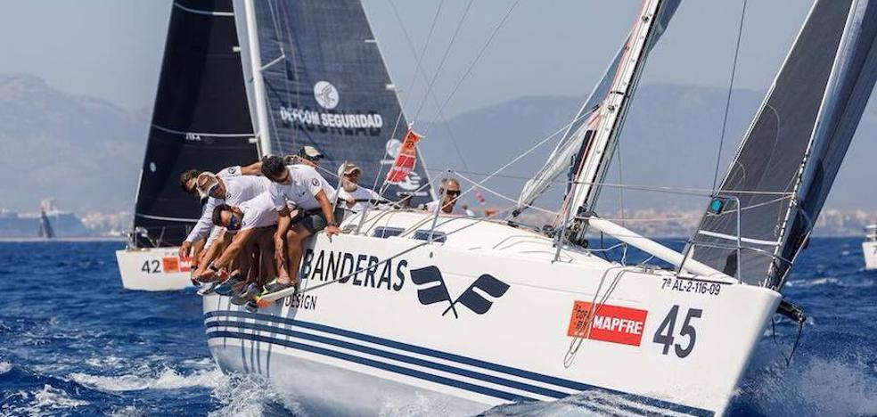 El 'Antonio Banderas Design' suma dos nuevas victorias en la Copa del Rey de Vela