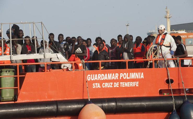 Llegan 180 migrantes al Puerto de Málaga este sábado
