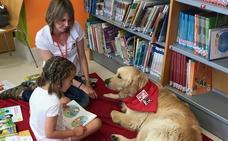 'Otto', el perro que enseña a leer en Málaga