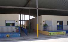 Mijas regulariza el suelo del Colegio Jardín Botánico para poder ampliarlo