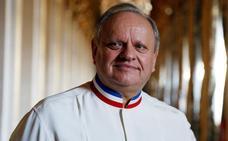 Muere el chef francés Robuchon, número uno en estrellas Michelin