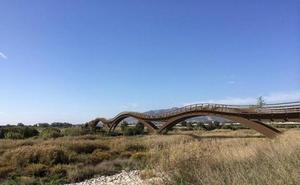 La pasarela del Guadalhorce se activa tras dos años de trámites en la Junta