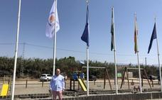 Las playas de Torre del Mar, Almayate, Caleta y Benajarafe estrenan bandera medioambiental
