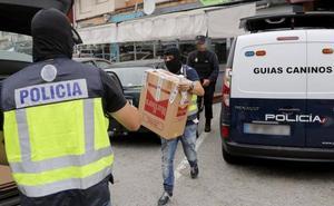 Registros en Marbella en un operativo contra el narcotráfico donde se ha detenido a Manuel Charlín