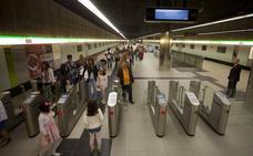 El metro amplía el horario del servicio durante la Feria de Málaga