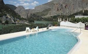 13 hoteles del interior de Málaga que te harán olvidar la playa este verano