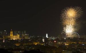 Los mejores sitios para ver los fuegos artificiales de la Feria de Málaga 2019