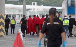 Ingresado en el Clínico con malaria uno de los migrantes llegados a Málaga en patera