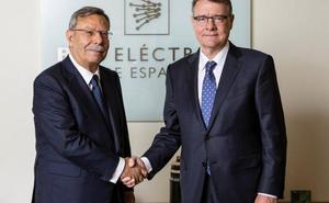 Los 'dedazos' de Sánchez dan munición a los partidos
