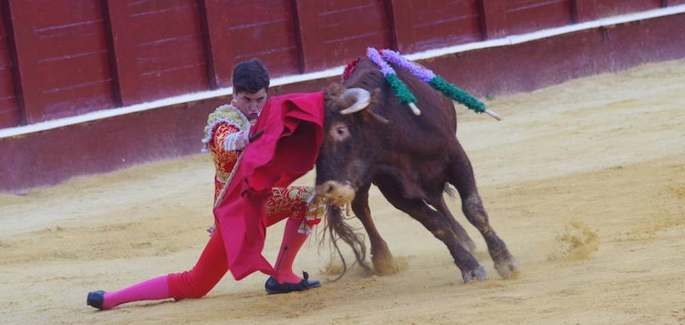 Miguelito y Rafael León, a hombros pero se quedan sin pasar a la final