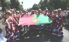 La romería a la Victoria da paso a una feria del Centro llena de orgullo malagueño