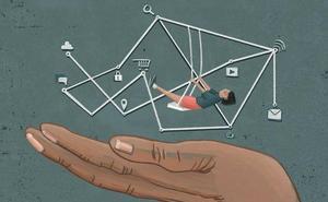 A cuatro manos: Lidiar con la brecha digital