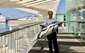 Juan Jesús Martín Jaime: «La falta de saneamiento y la disminución de predadores aumenta el número de medusas»