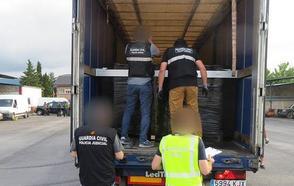 Cae una red con vínculos en Málaga que introducía hachís en Europa en camiones de mercancías de gran tonelaje