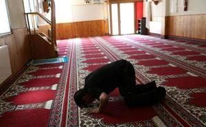 Interior apenas controla la décima parte de los centros de culto musulmanes en España
