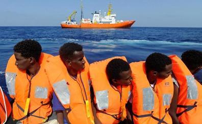España acogerá a 60 migrantes del 'Aquarius' tras llegar a un acuerdo entre seis países de la UE