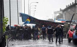 El colapso del puente de la autopista de Génova, en fotos
