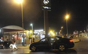 Uber y Cabify convierten McDonald's en su 'parada' del Real de la Feria de Málaga