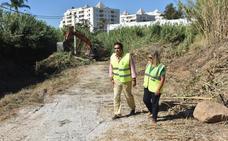 Marbella acomete una limpieza en los cauces para evitar incendios y riadas