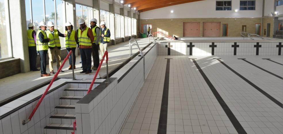 Tres nuevos recursos de empresas retrasan la apertura de la primera piscina cubierta de Rincón de la Victoria