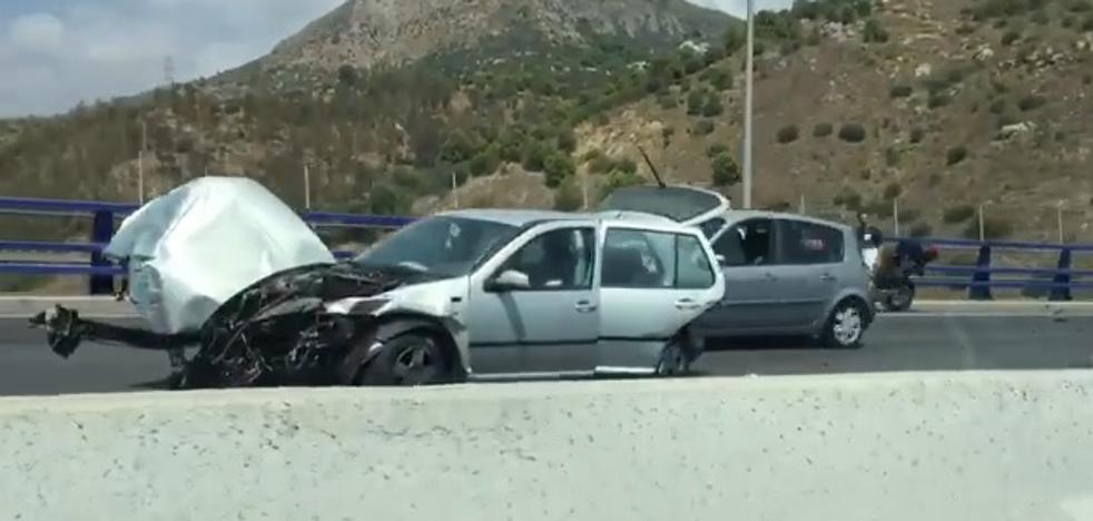 Herida una mujer tras dar su coche varias vueltas de campana a la salida del túnel de Cerrado de Calderón
