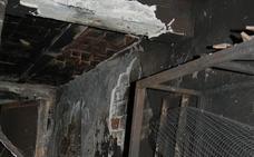 Noche de caos y miedo entre el humo en Sabinillas